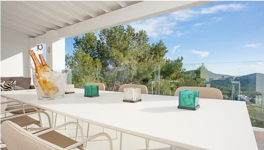 22 Villa Can Furnet Ibiza Kingsize.com.jpg