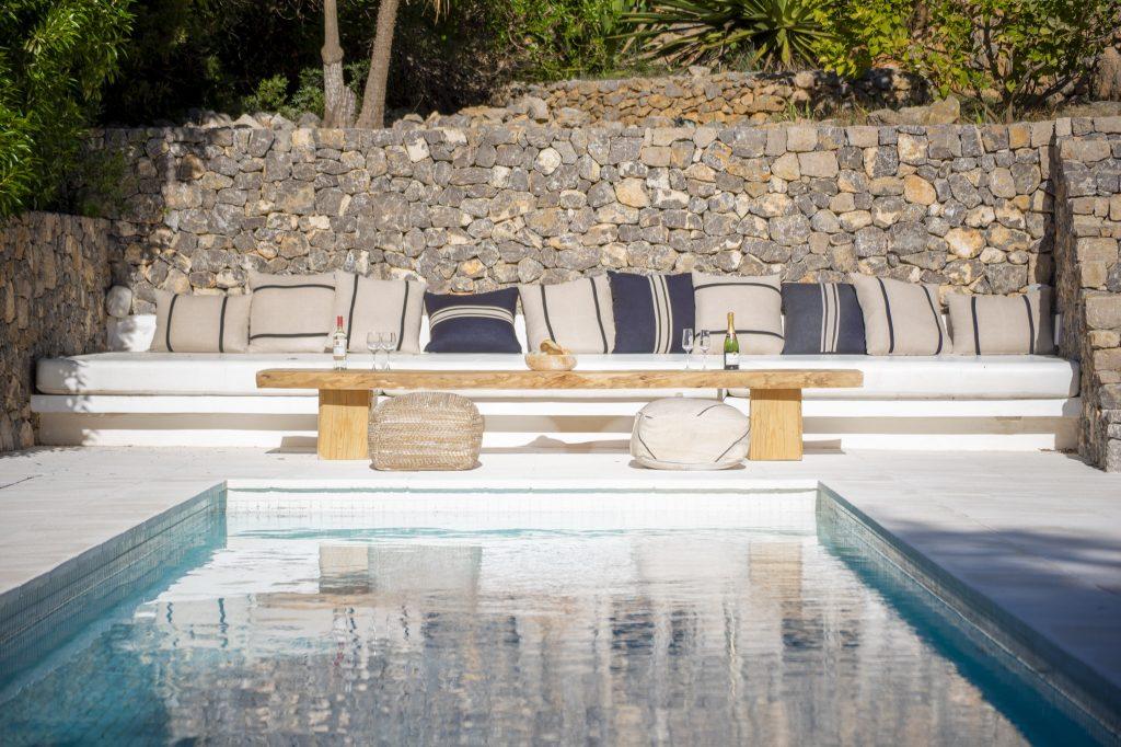25 Villa Hinter Can Furnet Ibiza Kingsize.com.jpg