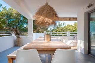 31 Villa Hinter Can Furnet Ibiza Kingsize.com.jpg