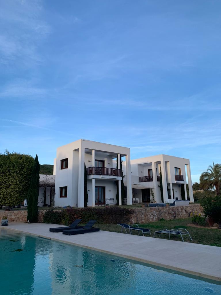 39 Villa San Carlos 34 Ibiza Kingsize.com.jpg