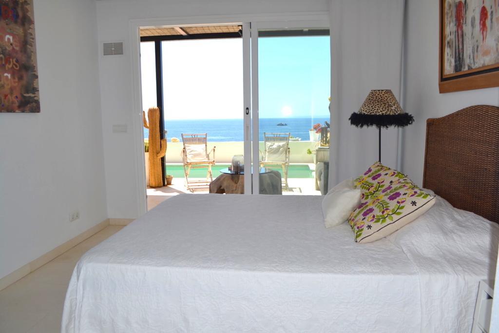 4 Apartment Roca Llisa 34 Ibiza Kingsize.com.jpg