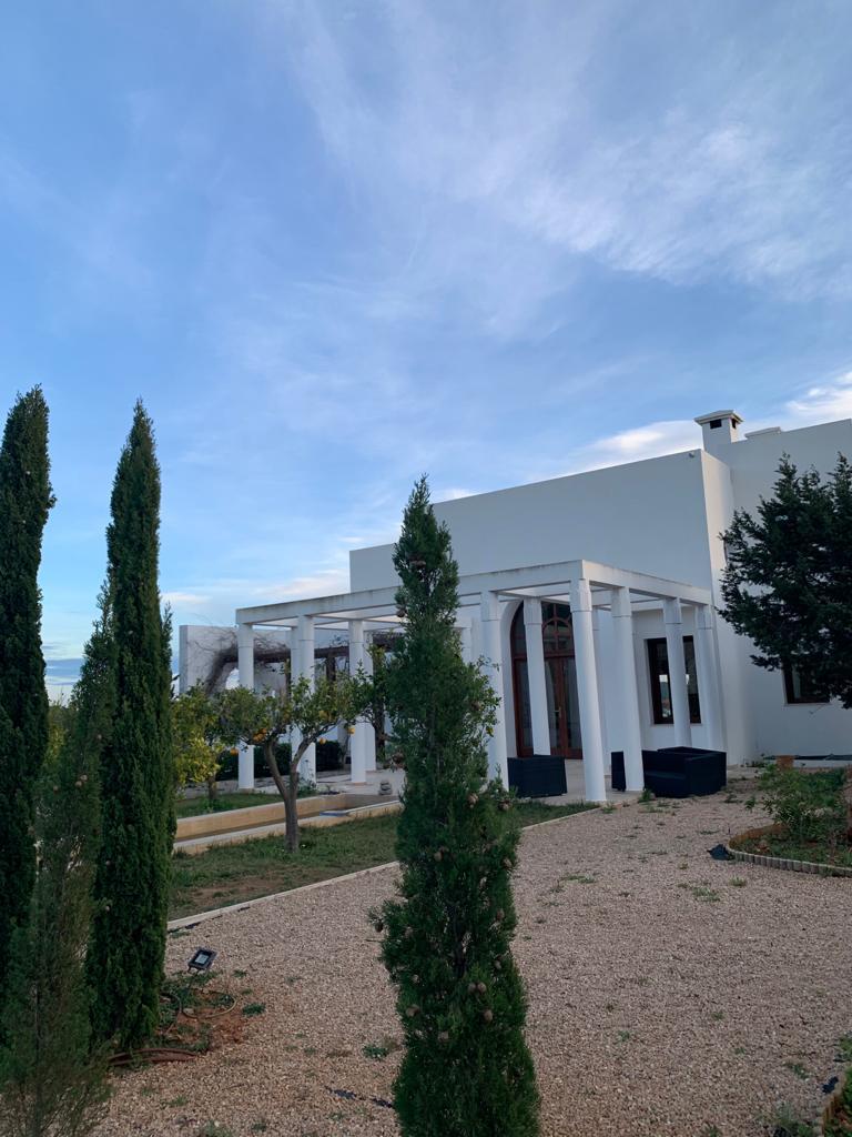 40 Villa San Carlos 34 Ibiza Kingsize.com.jpg