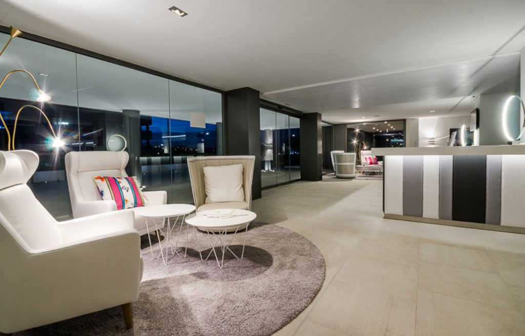 1 Apartment Marina Botafoc White Angel Ibiza Kingsize.com.jpg