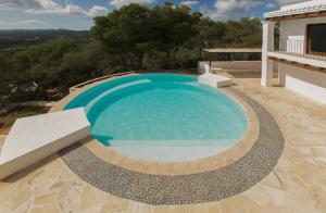 11 Villa Santa Eulalia Ibiza Kingsize.com.jpg