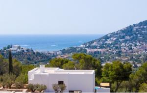 14 Villa Santa Eulalia Ibiza Kingsize.com.jpg