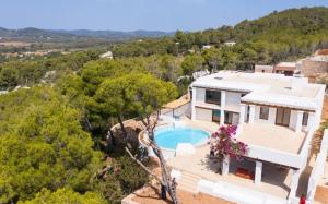 15 Villa Santa Eulalia Ibiza Kingsize.com.jpg