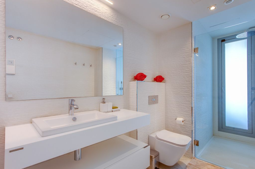 19 Apartment Marina Botafoc White Angel Ibiza Kingsize.com.jpg