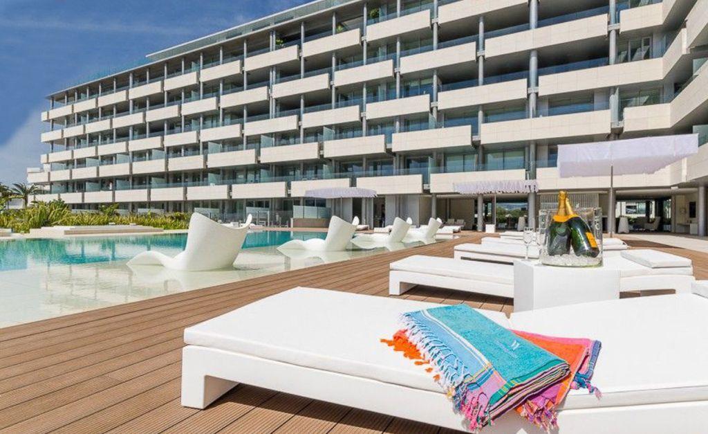 4 Apartment Marina Botafoc White Angel Ibiza Kingsize.com.jpg
