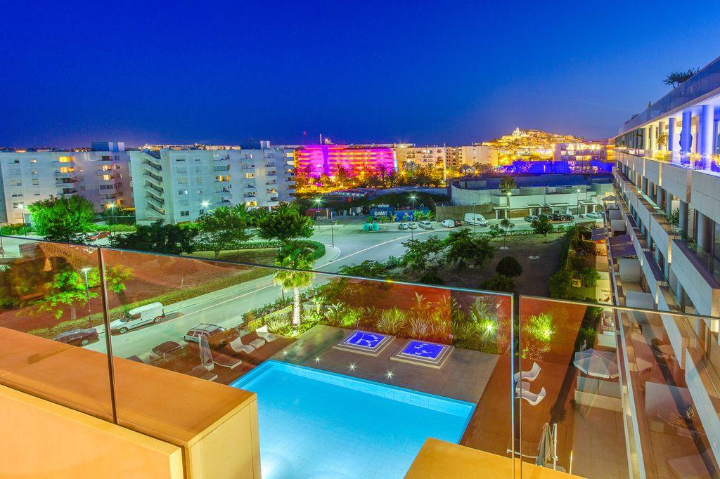 9 Apartment Marina Botafoc White Angel Ibiza Kingsize.com.jpg
